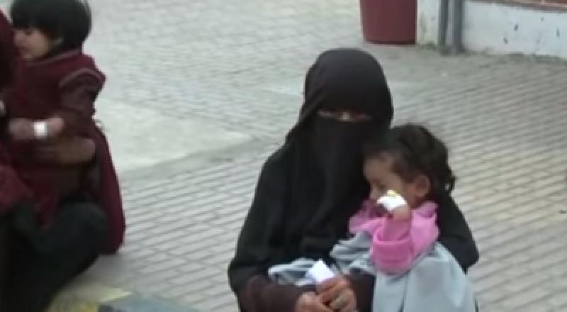 الكارثة اليمينة: أم تنتحر مع ابنتيها بسبب الجوع والفقر
