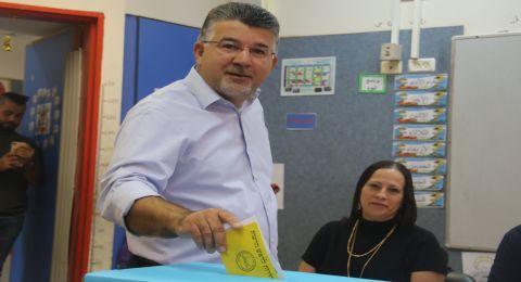 النائب د. يوسف جبارين يدلي بصوته ويدعو لإنتخابات ديموقراطيّة وحضاريّة