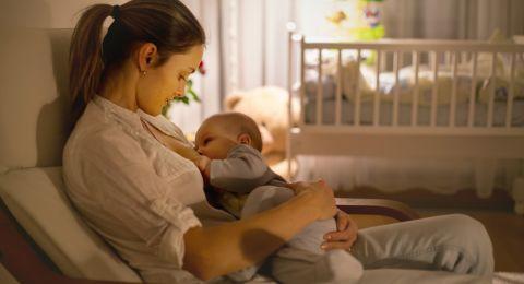 هل الرضاعة تمنع الحمل؟