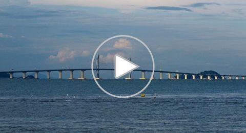 تعرفوا على الجسر البحري الأطول في العالم