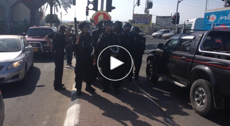 مواجهات بين الشبان والشرطة على مدخل قلنسوة وإغلاق الشارع