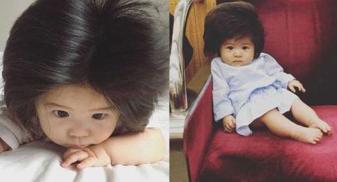 طفلة الـ6 أشهر التي شغلت العالم بشعرها الأسود الكثيف!