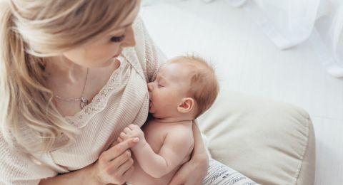 الرضاعة الطبيعية فور الولادة تقي من الموت