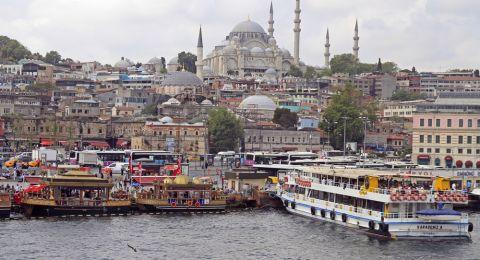 السوريون في المرتبة الأولى بالتجارة في تركيا
