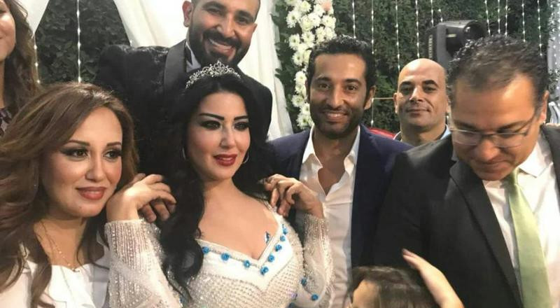 الظهور العلني الأول لأحمد سعد وسمية الخشاب بعد زواجهما