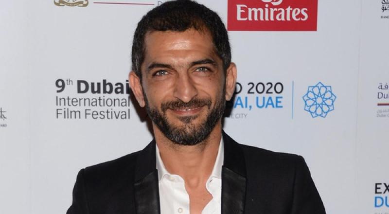 الحكم بحبس عمرو واكد 3 أشهر مع وقف التنفيذ… فما هي تهمته؟