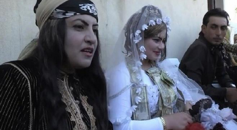 أول حفل زفاف في الرقة السورية بعد طرد داعش