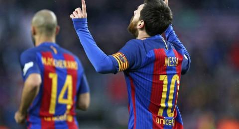 عقد ميسي يربك صفقات برشلونة الصيفية