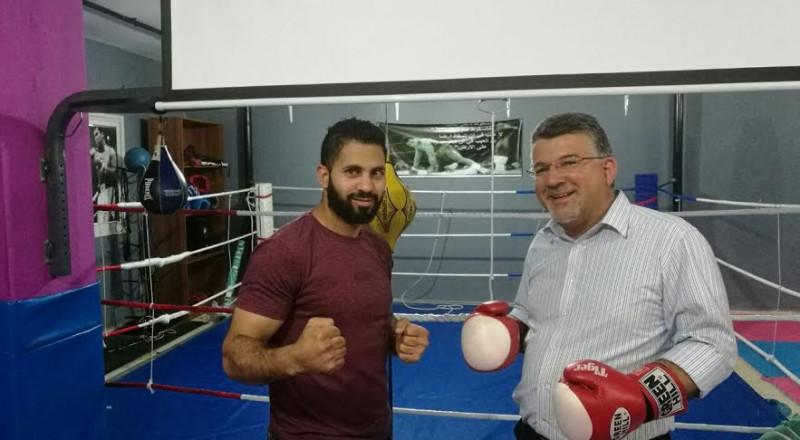 النائب يوسف جبارين يزور المركز الرياضي للملاكمة ويهنىء اللاعبات ببطولة اسرائيل