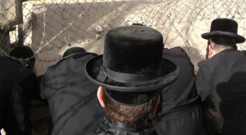 مشرف بمعهد ديني يهودي يغتصب عدد من الأطفال بينهم ابنه