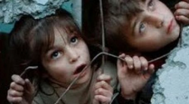 أطفال من فلسطينيي سورية يتضامنون مع الأسرى