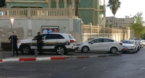 اعتقال 5 مشتبهين يافاويين بعد اضرام النار في حاويات قمامة