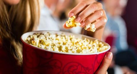 طريقة تحضير الفشار في المنزل مثل السينما!