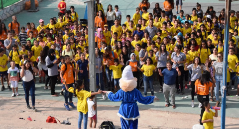 رئيس بلدية الناصرة، علي سلام يشارك اطفال مخيم الناصرة بلدي فرحتهم