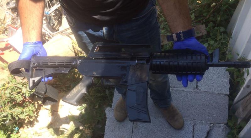 جسر الزرقاء: ضبط سلاح واعتقال مشتبه