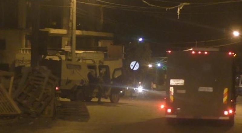 مواجهات في القدس ومناطق اخرى واسرائيل تعتقل أكثر من 15 فلسطينيًا بينهم نائب بالتشريعي