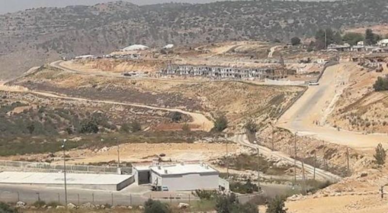 نتنياهو يضع حجر اساس لوحدات استيطانية غرب بيت لحم