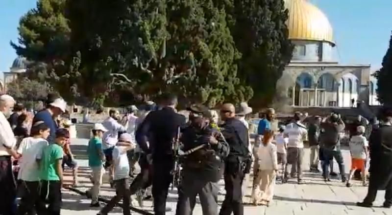 أكثر من ألف مستوطن يقتحمون الأقصى والقوات الإسرائيلية تحول القدس إلى ثكنة عسكرية