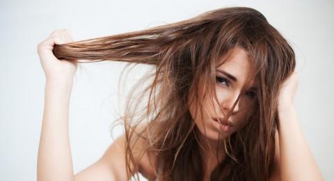 5 وصفات فعّالة لعلاج تساقط الشعر