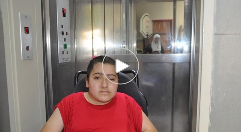 قلنسوة:الطالبة ديما عبد القادر:في مدرسة الزهراء لم اشعر باعاقتي يوما ..لكن