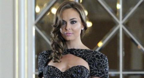 فستان مرصع بالمجوهرات بقيمة 3.5 مليون يورو