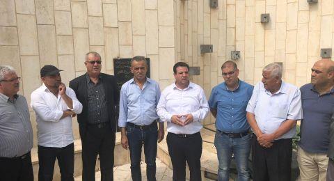 الناصرة: المتابعة تضع الاكاليل على اضرحة الشهداء