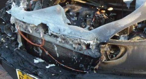 احراق سيارة مواطن عربي يعيش في نتانيا، للمرة الخامسة