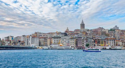 هل السياحة في تركيا غالية؟ اليكِ الجواب