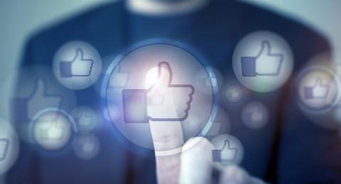 فيسبوك نعتزم تخفيف قيود نشر الصور