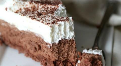 طريقة عمل كيكة الويفر بموس الشوكولاتة