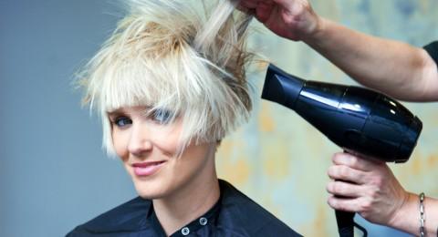 كيف تتخلصين من الشعر المتضرر؟