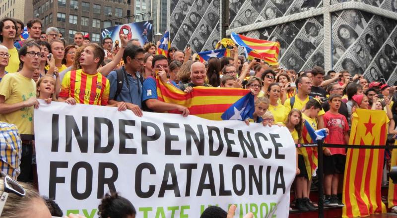 مدريد تدعو برلمان كتالونيا للانعقاد