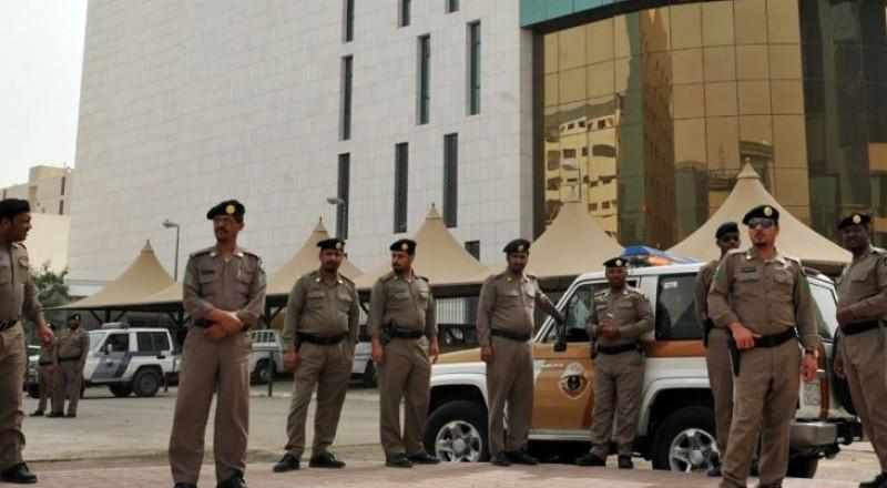 القبض على 11 أميرًا سعوديًا، بسبب التجمهر امام قصر الحكم
