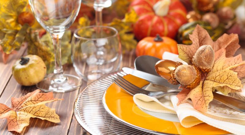 ما هو اتيكيت ترتيب مائدة الطعام في العزومات؟