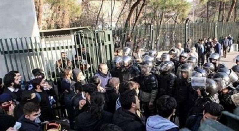 الداخلية الايرانية تؤكد عودة الهدوء إلى مناطق الاحتجاجات .. وترامب ونتنياهو مستمران بالتحريض ضد إيران