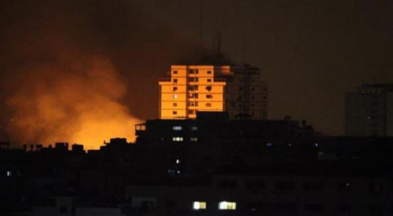 طائرات الجيش الاسرائيلي تقصف موقعا للقسام غرب خانيونس