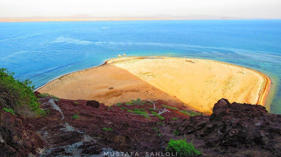 إكتشفوا معنا جزيرة جبل كدمبل السعودية!
