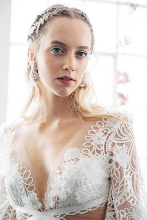 4 صيحات جمالية لـ عروس ربيع وصيف 2018