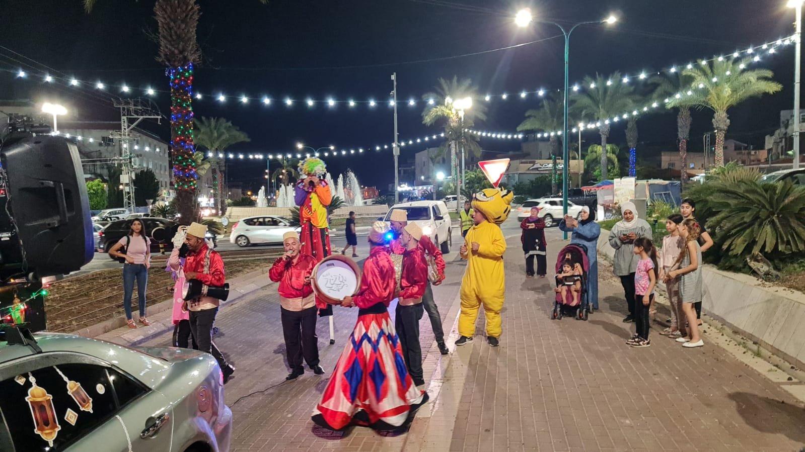 """بحضور المئات، افتتاح رمضان """"ماركت"""" في الطيرة للعام الثامن على التوالي!-3"""