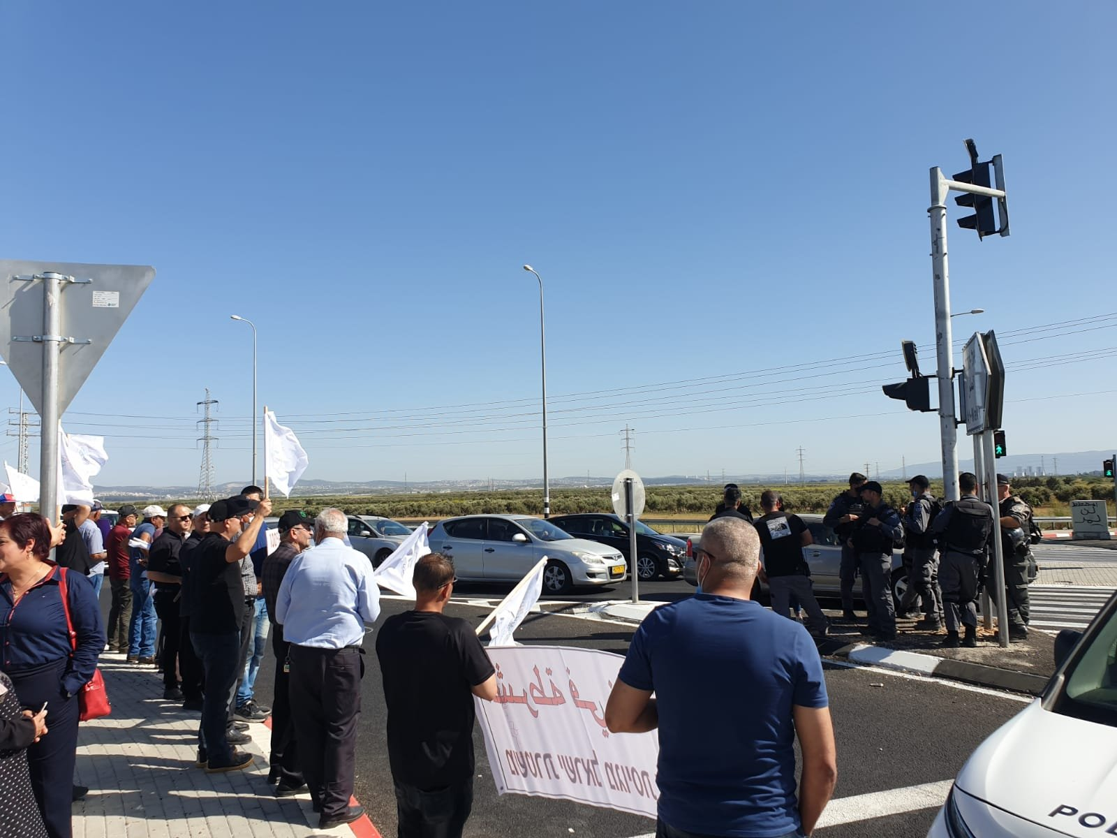 اعتقالات في مظاهرة ضد مصادرة اراضي في الجديدة- المكر-0