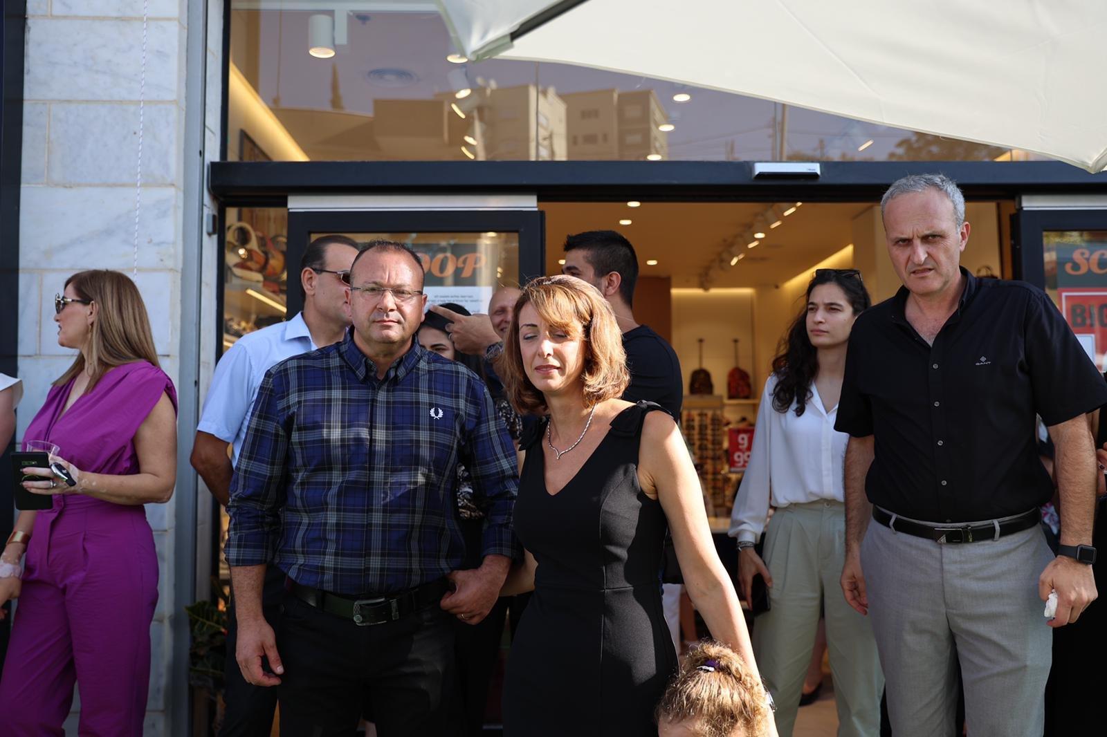 """شفاعمرو تشهد إطلاق أول فروع شبكة iPlace المسوق الرسمي الجديد لمنتجات """"أبل""""-22"""