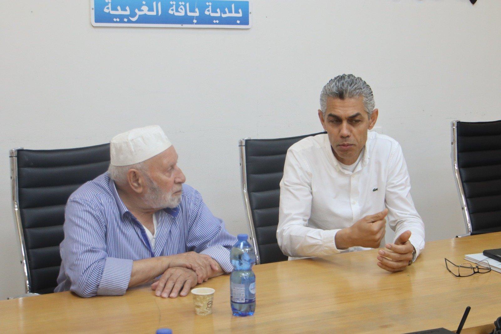 وفد وإدانة حادثة العنف التي تعرض لها رئيس باقة الغربية-10