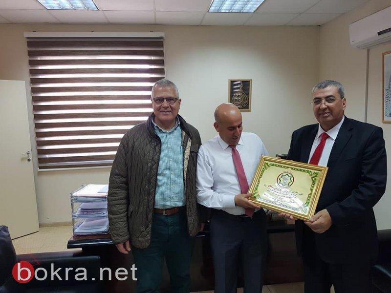 إدارة جمعية أطباء الأسنان العرب تجتمع مع إدارة وطلاب كلية طب الأسنان بالجامعة العربية الأمريكية