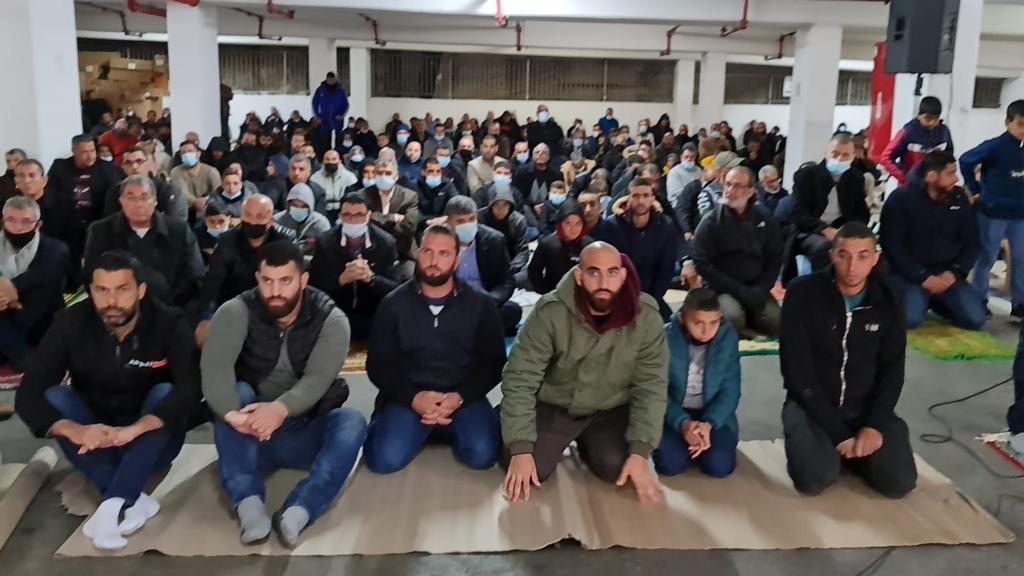 حراك أم الفحم مستمر، صلاة جمعة موحدة تحت عنوان الأرض والمسكن، وإلغاء المظاهرة بسبب الأمطار