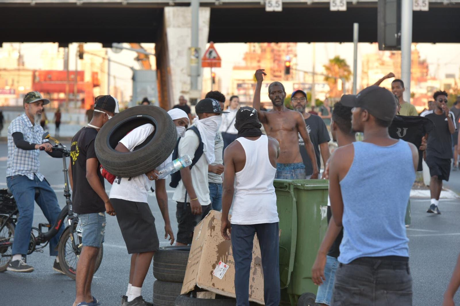مظاهرات اليهود من اصول اثيوبية: الشرطة لن تسمح باستمرار اعمال الشغب والعنف