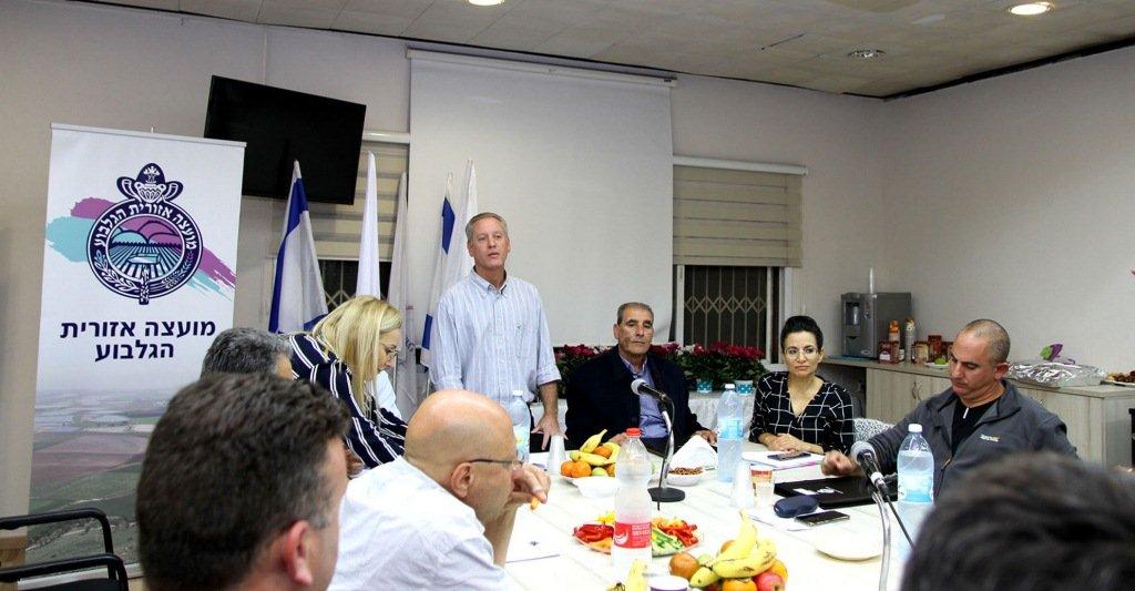 الجلبوع: جلسة أولى وانتخاب هشام زعبي ودودي بونفيل كنائبين لرئيس المجلس