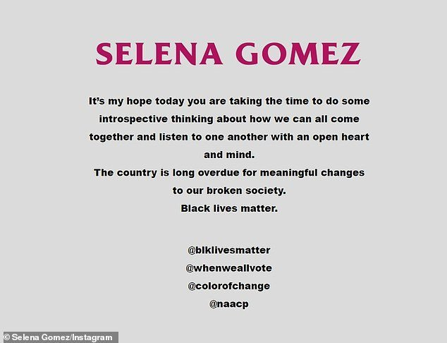 سيلينا غوميز تغلق موقعها الإلكتروني.. وتدعم حركة حياة السود مهمة