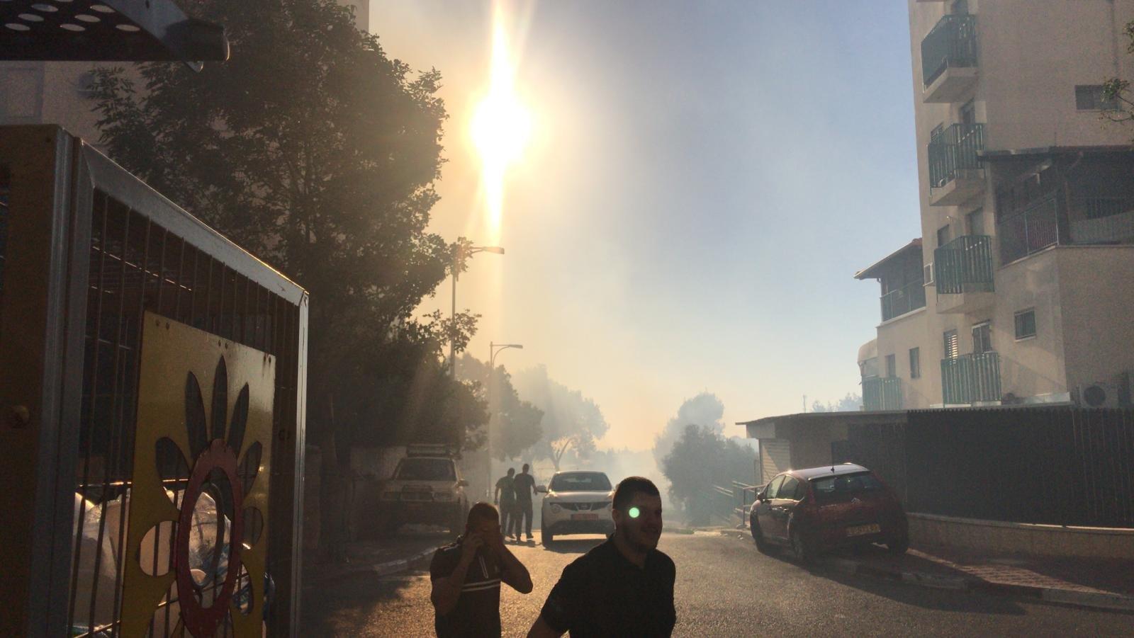 الناصرة: الطلب إلى أهالي شلنر اخلاء البيوت بسبب الحرائق