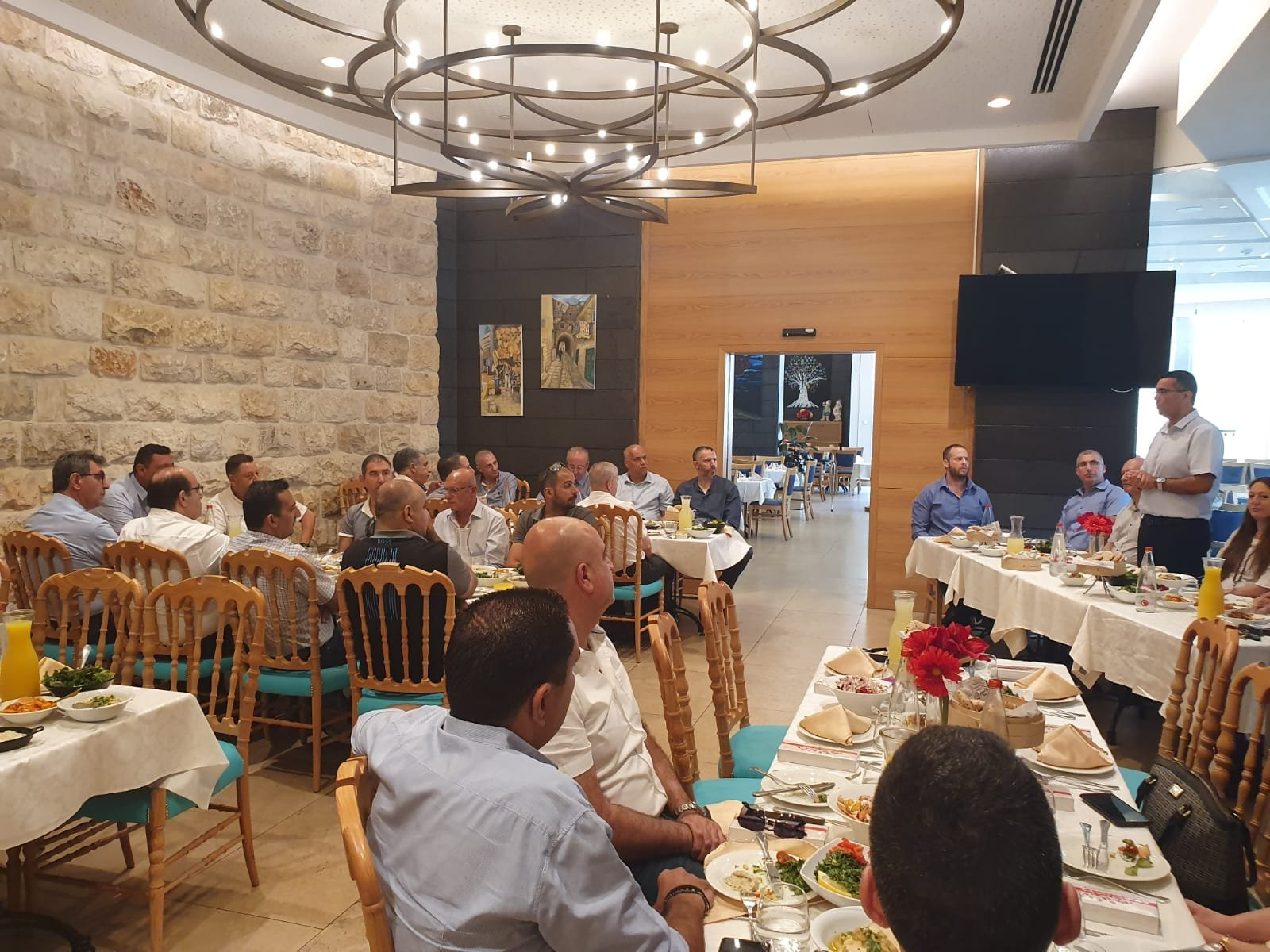 ادارة بنك هبوعليم تلتقي مع مجموعة من رجال الاعمال في الناصرة