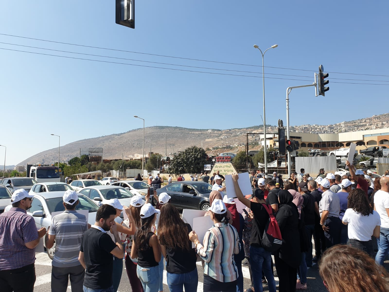 الشرطة تتدخل لفض تظاهرات على مفارق الناعور، طمرة وكرمئيل